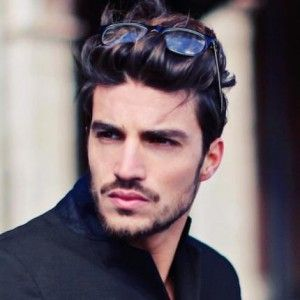 Mariano Di Vaio Male Model & Actor Gallery, Bio, Images, video. Mariano Di Vaio was born in Assisi, Italy in 1989. He moved to London in 2008.