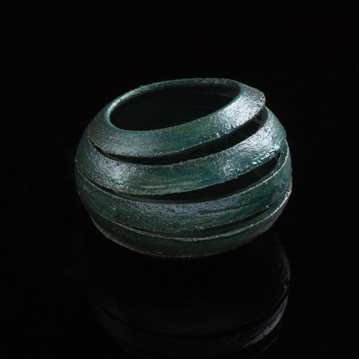 Raku ceramic by Raffaele Piccoli | more info at http://www.raffaelepiccoli.com/ #madeinsicily