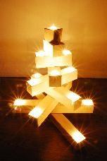 www.cultform.de/dieLichterfichte. Christmas. Tree. Modern. #weihnachten #weihnachtsdeko #weihnachtsdekoratin #weihnachtsbaum #design #modern #handmade #manufaktur