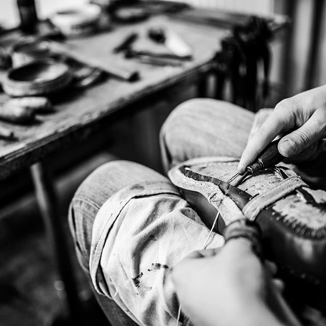 It seems that all MEN want to start the NEW YEAR with new shoes as we keep working in our shoeworkshop.. ----------------------------------------Order:info@fabulashoes.com ---------------------------------------- #fabulashoes #fabula_bespoke_shoes #bespoke #bespokeshoes #handwelted #handmadeshoes #shoegazing #shoestagram #shoelover #shoesaddict #menwithclass #highfashion #madetoorder #madetomeasure #bespokeandfor #gentlemen #gentleman #gentlemenstyle #dapper #dappermen #dappergent #classy…