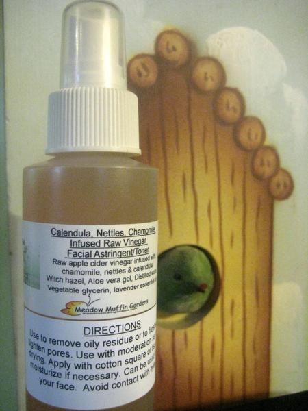 Chamomile, Nettles, Calendula Raw Vinegar Facial Toner/Astringent, Herbal Vinegar, Cleanse, Rejuvenate, Balance skin pH, Fight Blemishes