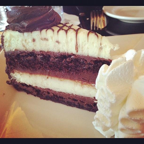 cheesecake and chocolate #cheesecake-factory #chicago