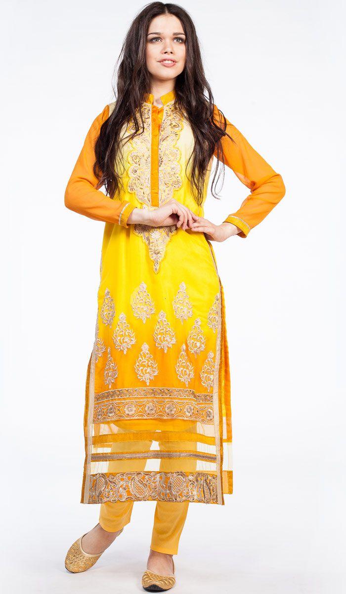 Сальвар камиз солнечно-желтого цвета с золотой вышивкой. Salwar kameez, india style.  http://indiastyle.ru/products/salvar-kamiz-korona-suri 16 400 рублей