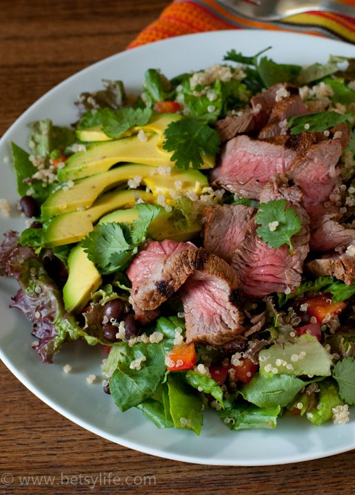 Black Bean Quinoa Salad with Chipotle Steak Recipe | Betsylife.com