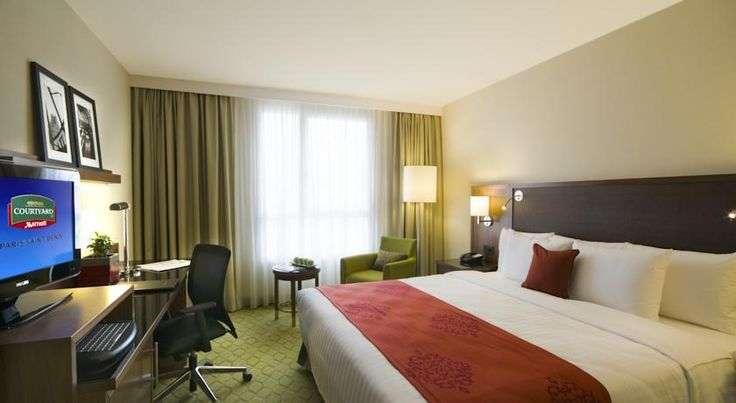 Courtyard by Marriott Paris Saint Denis Saint-Denis Located a 23-minute walk to the Stade de France and the Tour Pleyel and 15 minutes from the centre of Paris by public transport, Hotel Courtyard Paris Saint Denis offers modern and comfortable accommodation.