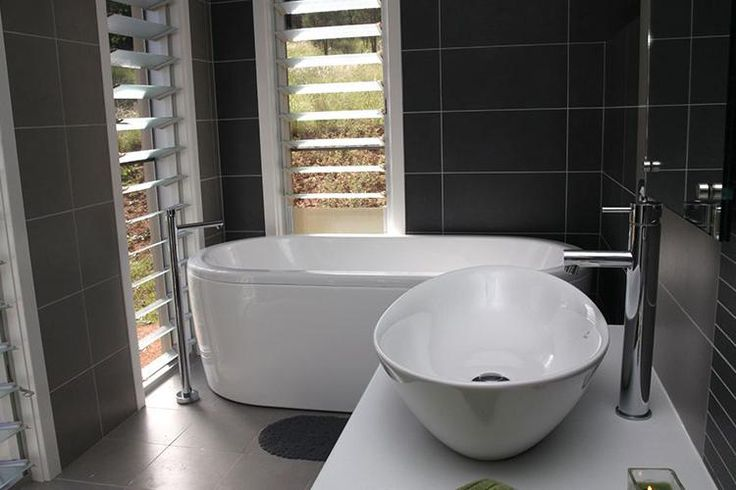 1000 images about black white bathroom trend on for Bathroom designs reece