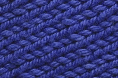 How to Knit a Scarf With a Scarf Loom thumbnail