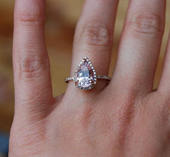 Ok, I seriously just died and went to heaven... This ring is GORGEOUS!!!!  ...3ct Color change sapphire Lavender by EidelPrecious