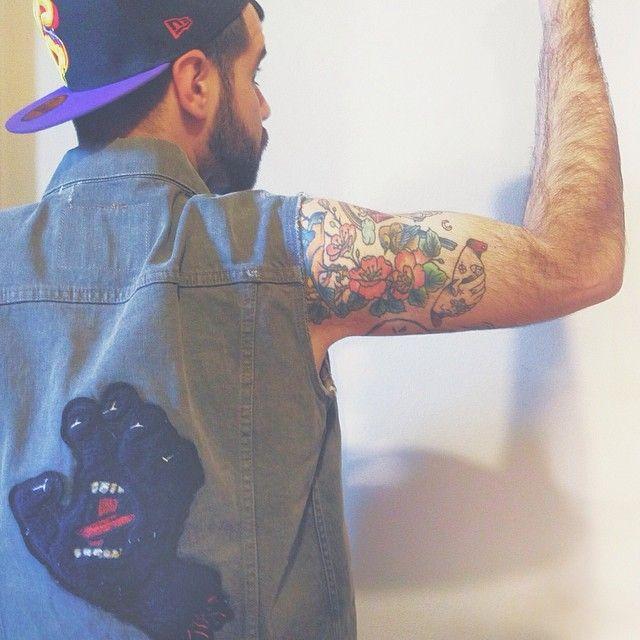 #newera #levis #santacruz #tattoo