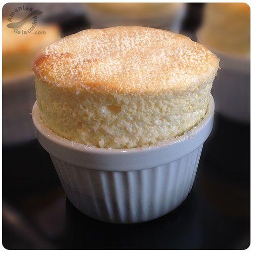Soufflés de cheesecake (Cheesecake Souffles) http://amantesdelacocina.com/cocina/2014/12/souffles-de-cheesecake/