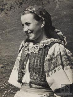 Ján Cifra - Ethnographic festival / Národopisné slávnosti (1956)