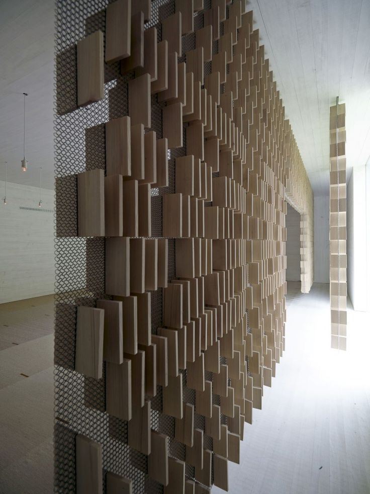 São cinco os projectos pelos quais será dividido o milhão de dólares do Prémio Aga Khan para a Arquitectura 2013 – de um cemitério islâmico na Áustria a uma ponte entre duas cidades, passando por um hospital no Sudão e pela reabilitação de património histórico na Palestina e no Irão.