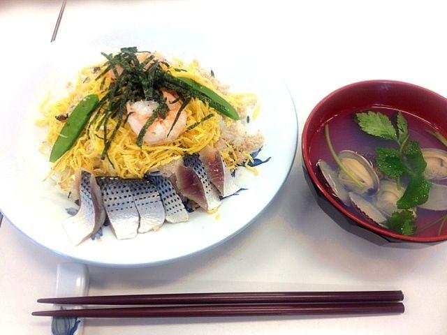 調理実習(^^) でんぷ初めて作りました!簡単! - 10件のもぐもぐ - ちらし寿司とお吸い物 by AsaRii