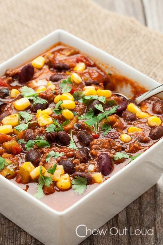Slow Cooker Chili with Black Beans and Corn!!