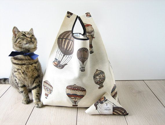 hot air balloon bag / retrò tote / beige printed cotton shopping bag/ old style bag / triangle folded bag / edge in black ribbon / 1 piece