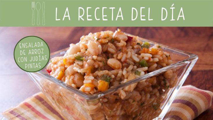 Las ensaladas frías son perfectas para el verano. Prepara esta #receta de arroz con judías pintas.