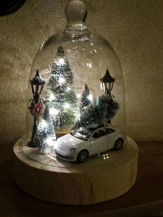 Cute Glass Dome Christmas Scene
