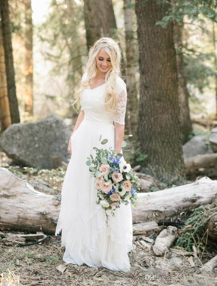 2017 Western Country Bohemian Forest Wedding Dresses Lace Chiffon Modest V Neck Half Sleeves Long Bridal Gowns Plus Size Dress for Wedding