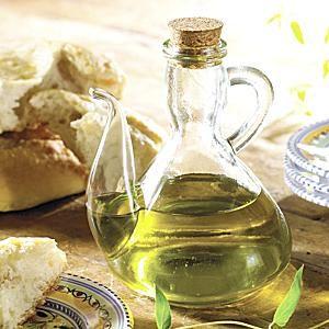 Traditional Olive Oil Cruet http://www.tienda.com/table/products/gl-02.html?site=1