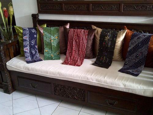 """"""" #3 Selain bahan kain, Batik Lily juga menyediakan Sarong (sarung) Madura. Banyak motif dan harga terjangkau :) """" IDR 100.000 #batiktulis #lovebatik """" Sarong (sarung) Madura ini biasa digunakan untuk..."""