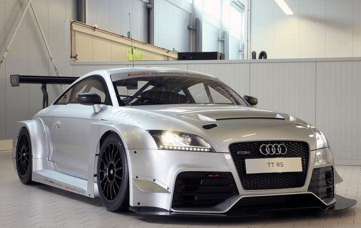 Audi TT-RS DTM