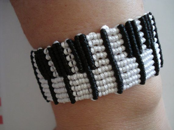 Piano bracelet Piano bangle Micromacrame piano bracelet by Poppyg