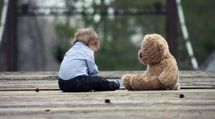 Πώς μιλάμε σε παιδιά που πενθούν