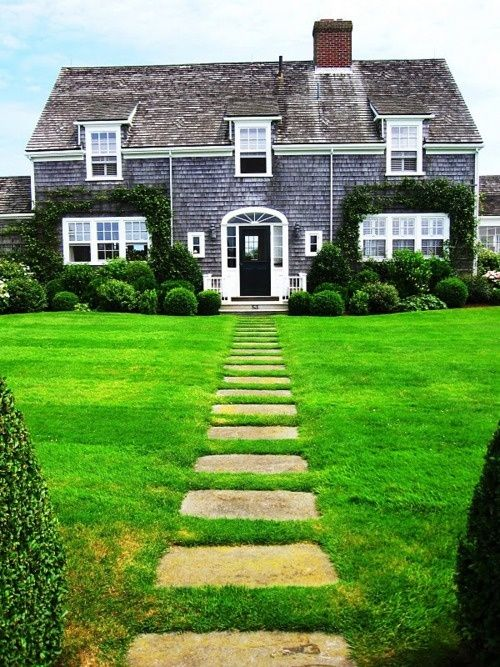 gorgeous cape cod but i would like a black tin roof may not be a common combo but i just love tin roofs
