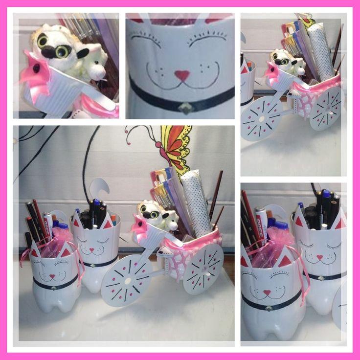 Una sugerencia de uso de los gatitos y la bicicleta - Como pintar botellas de plastico ...