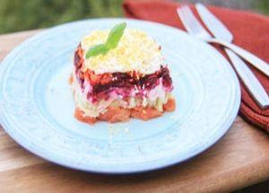 Салат «Семга под шубой» – прекрасное блюдо, которое придаст вашему столу изысканный вид!