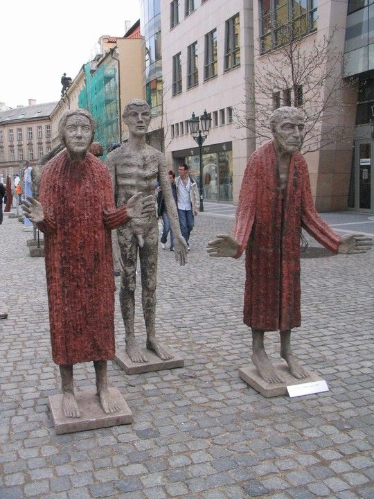 Olbram Zoubek - Father, mother & son (1967).  #sculpture #Czechia #art