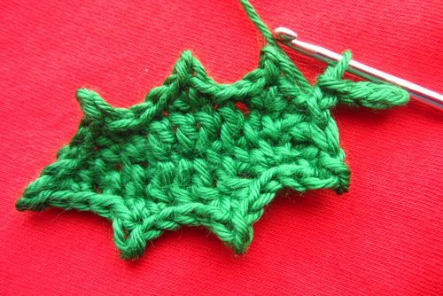 Easy step by step crocheted Holly leaf.