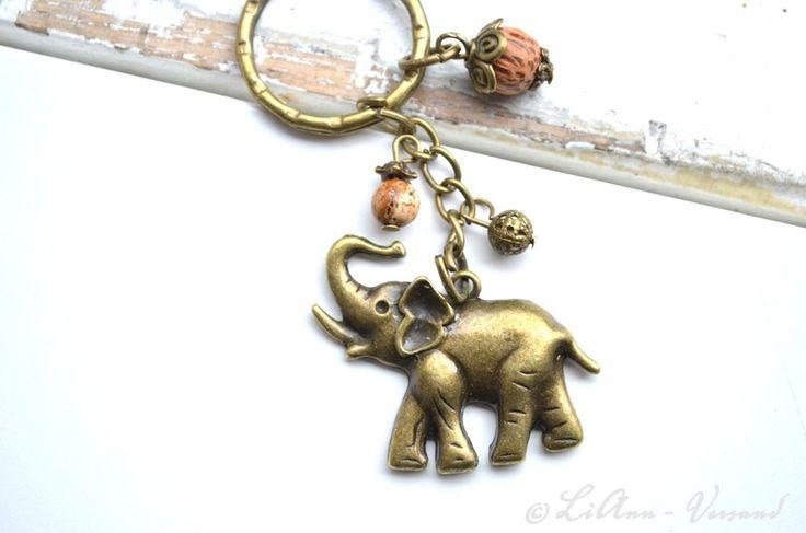 Schlüsselanhänger - ✼ Afrikanischer Elefant ✼ Schlüsselanhänger - ein Designerstück von LiAnn-Versand bei DaWanda