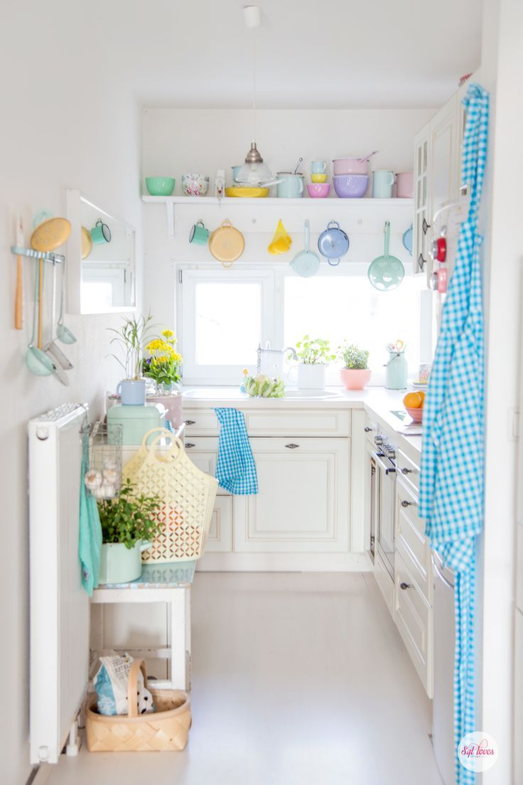 in my spring happy kitchen :-) Syl loves