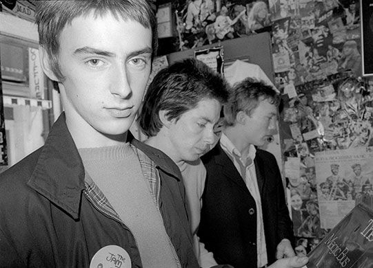 The Jam in Carnaby Street 1977. Yes, Paul Weller, we can go make out right now. Just let me buy this 45 right quick.