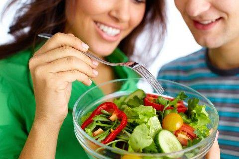 【子作り前にしておくこ】 食生活を改める! 元気な卵子と精子を作るには、質の良い食材をバランスよく食べることが基本です。