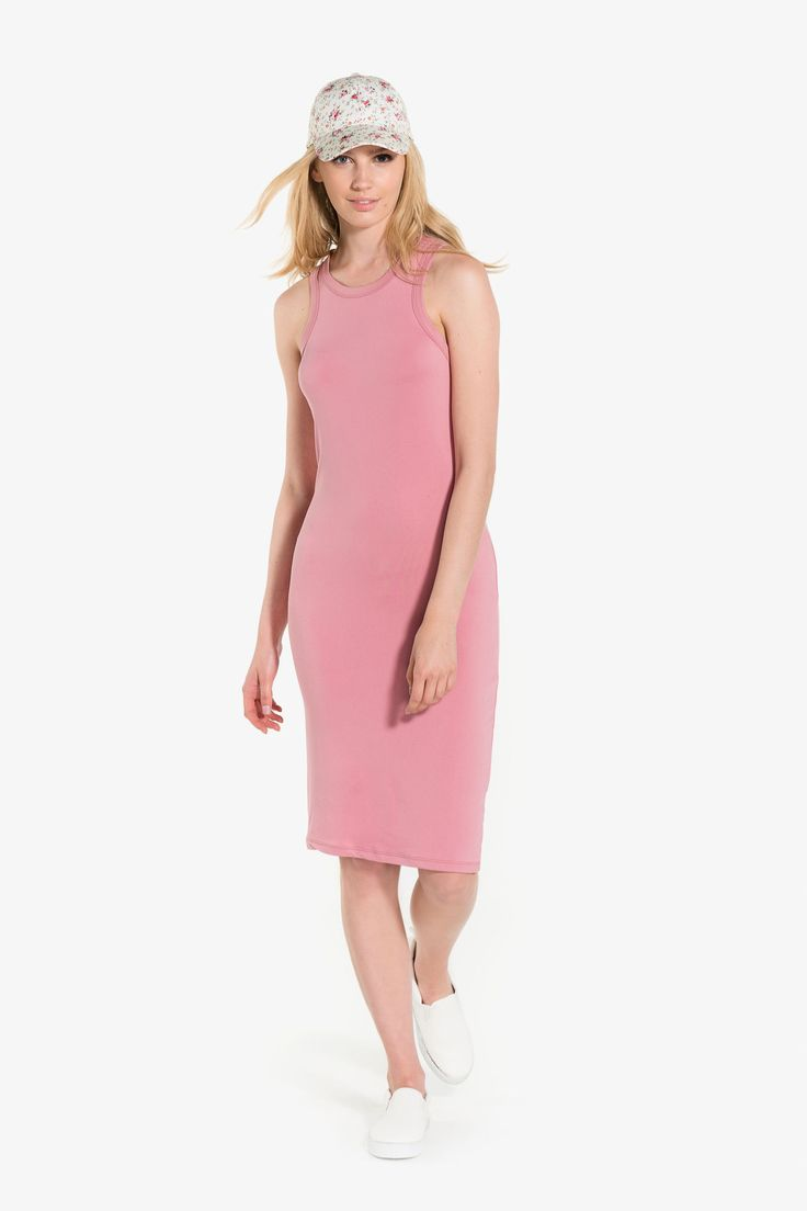 [Ardene] - Scoop high neck dress. Thick straps. Bodycon fit. Super soft fabric. Midi length.  92% polyester, 8% spandex. Model Emma Rose @emmaroselincoln measures 5'10 and is wearing size S.