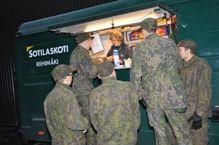 Liikkuva sotilaskotiauto Lyyli, Riihimäki
