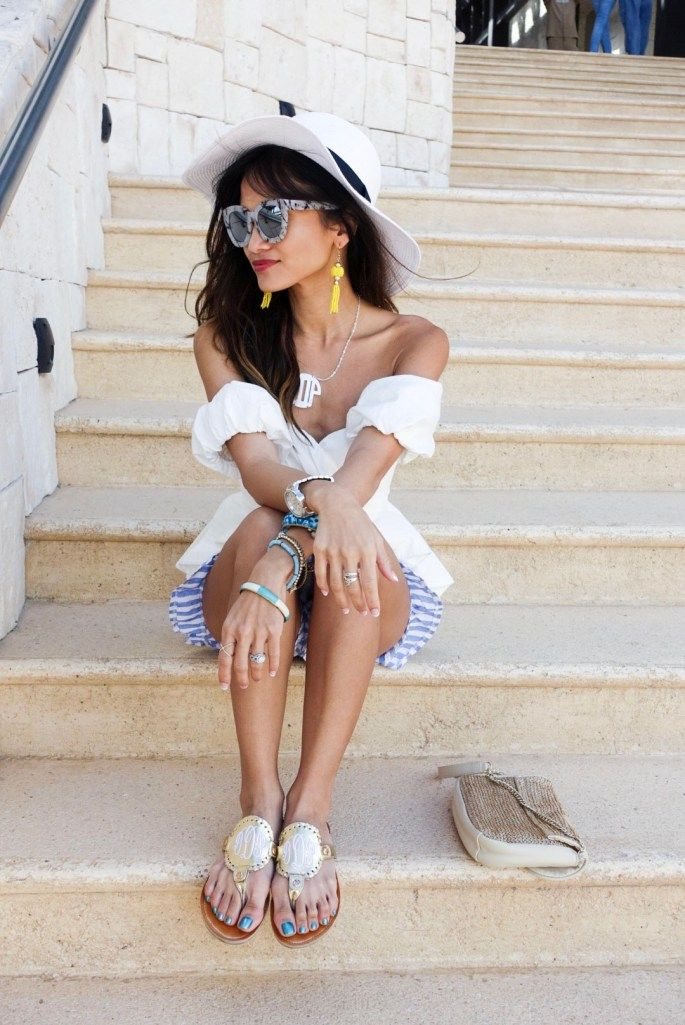 spring look_quay glasses_ off the shoulder top