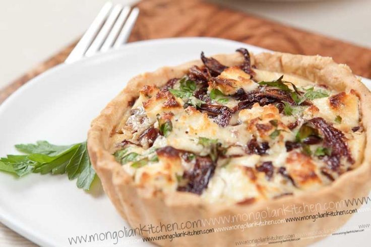 Caremalised onion tart
