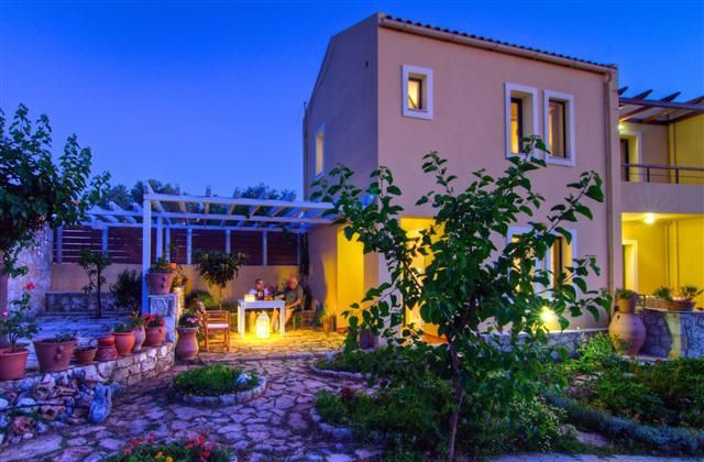 (Villa Mitos) 1 Bedroom Villa in Rethymno to rent from £348 pw. With balcony/terrace, air con, TV and DVD.