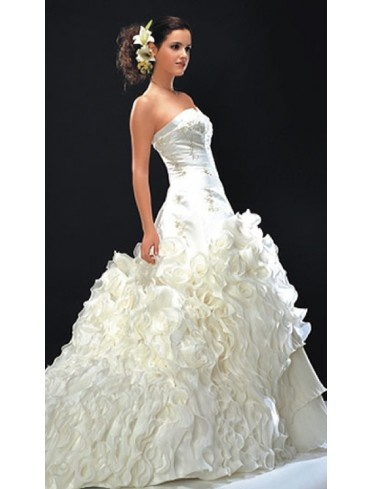 Pure Perfection Leek - WP69 - Princess - Wedding Dresses