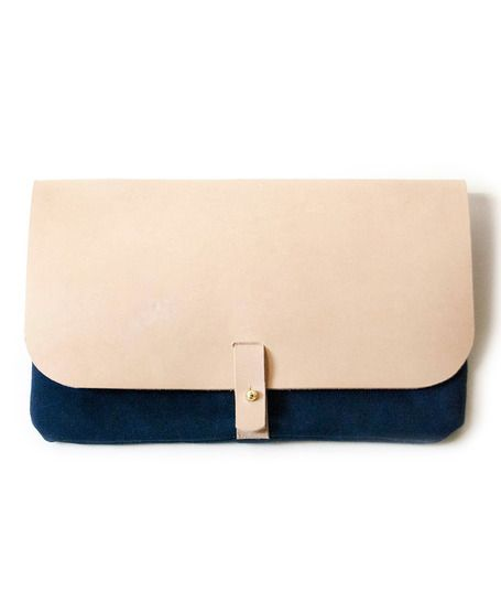 Want!!! seriously on my wishlist!! Navy and Natural Leather Clutch
