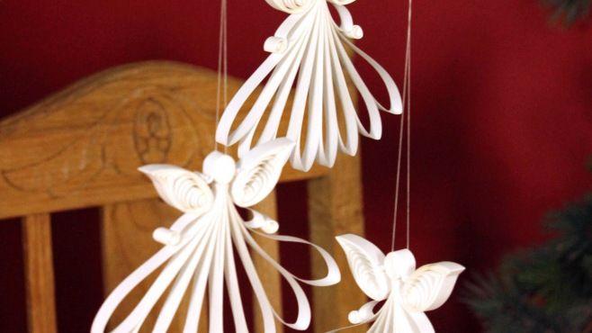 Quilling Sanatı - Kıvrımlı Ve Hoş Melek Süsleri Tasarımı - Makaraya sarma (Quilling Sanatı) - teknikleri, örnekleri ve ipuçlarını videolu anlatımı. Kağıttan kıvrımlı ve hoş melek süsleri yapımı (Quilling Angel Video)