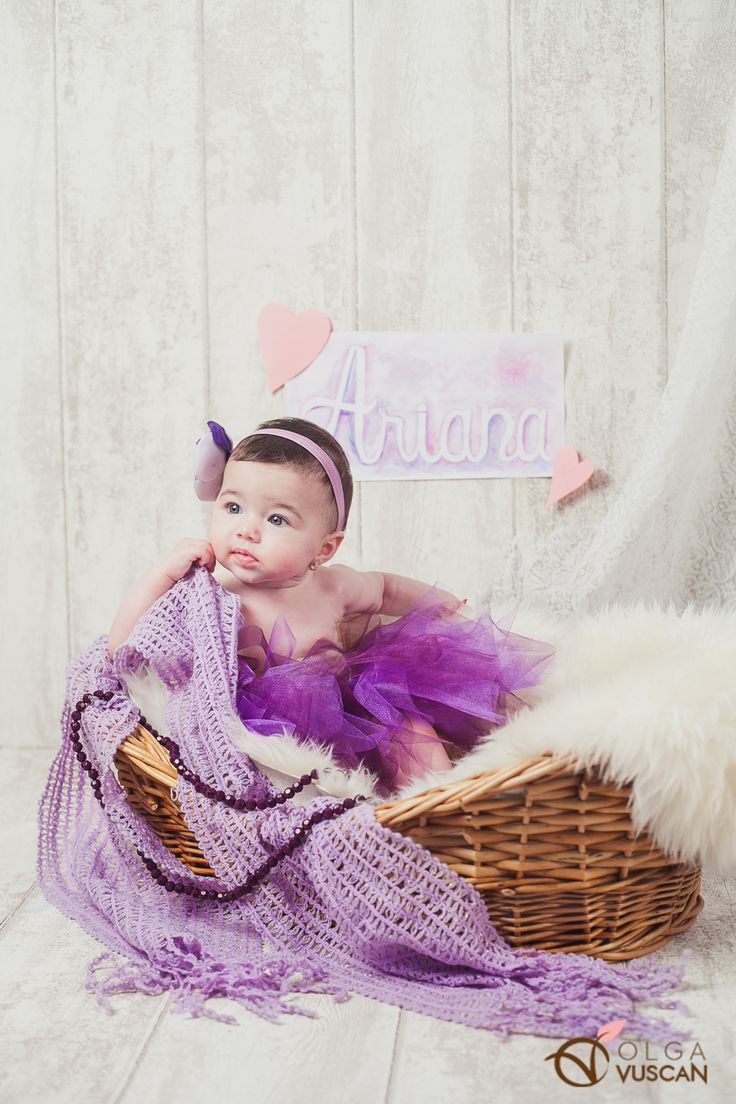 watercolor custom made name in purple color_children photography by Olga Vuscan