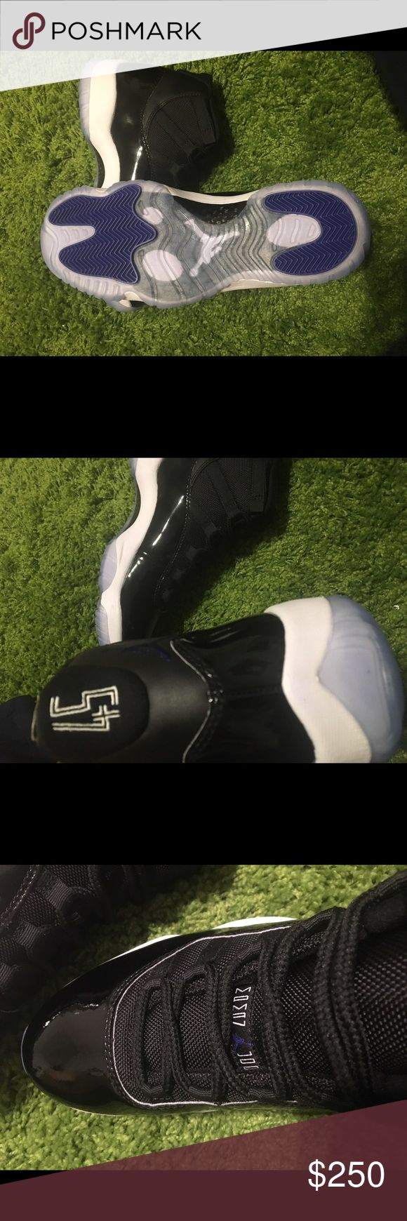 Air Jordan Space Jam Men sz 10 FAST SHIPPING  PROTECTED PACKAGING TO PRVENT DAMAGE  AUTHENTIC ANY NEGATIVE COMMENTS WILL BE BLOCKED   YES I OFFER BUNDLES COMMENT AND LET ME KNOW WHAT YOU WOULD LIKE Jordan Shoes Sneakers