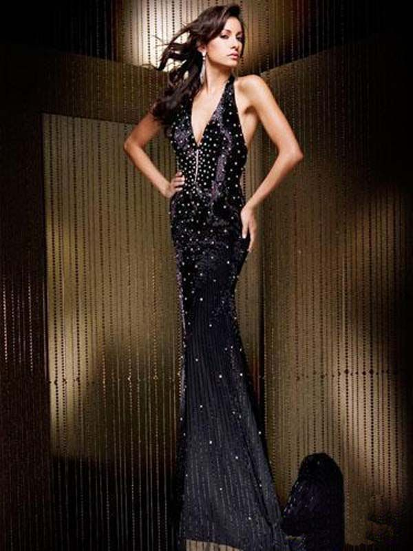 Длинные платья облегающие черные, новые коллекции на Wikimax.ru Новинки уже доступныhttps://wikimax.ru/category/dlinnye-platya-oblegayuschie-chernye-otc-34616