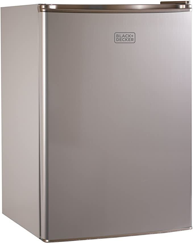 Amazon Com Black Decker Bcrk25v Compact Refrigerator Energy Star Single Door Mini Fridge With Freeze In 2020 Mini Fridge With Freezer Compact Refrigerator Mini Fridge