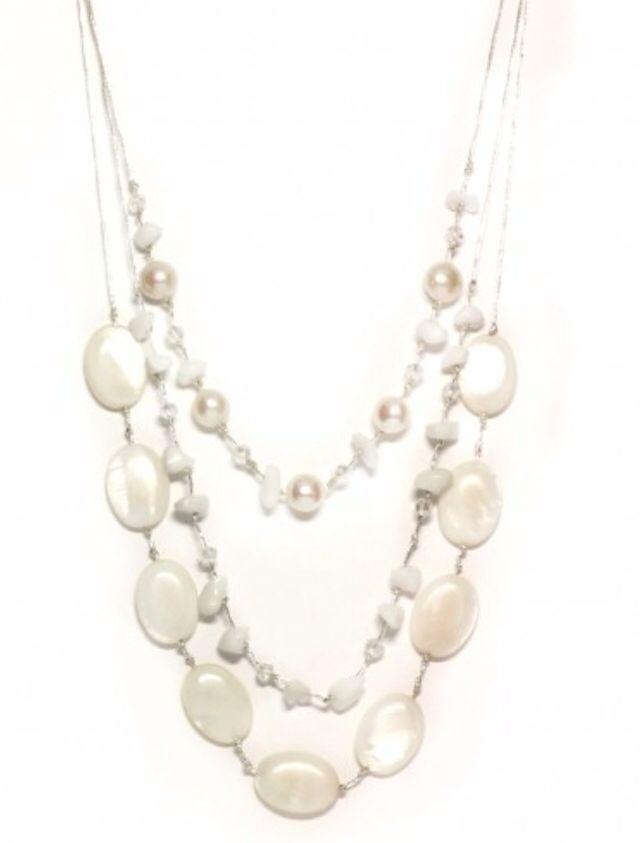 Gorgeous white turquoise necklace
