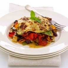 Having a meat-free day doesn't have to mean missing your favourite dishes -  lasagne with roasted mediterranean vegetables instead of mince #GROWmethod #recipe